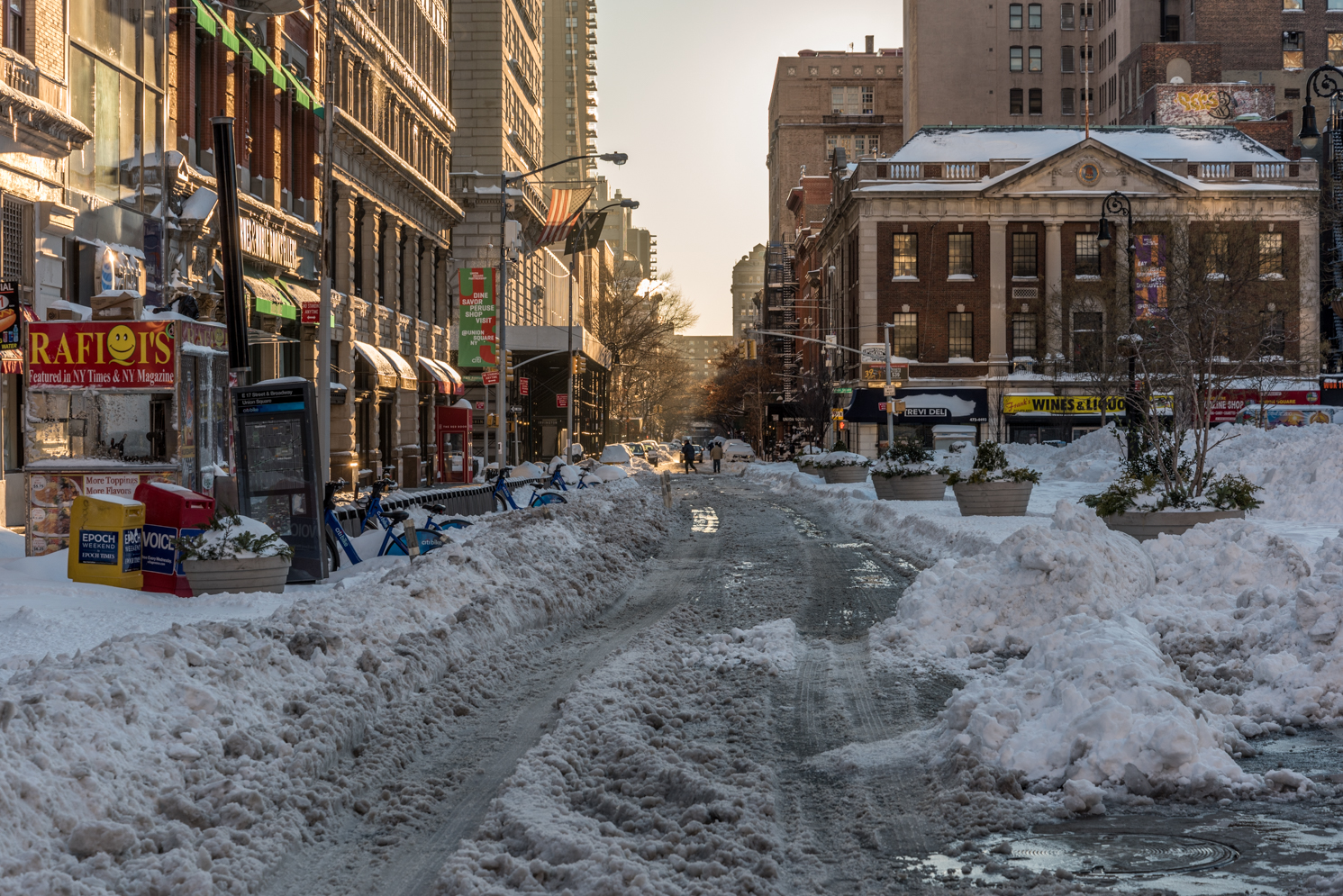 ROCK MAMA NYC LIFESTYLE BLOG - THE MORNING AFTER THE FIRST SNOWSTORM OF 2016 NYC