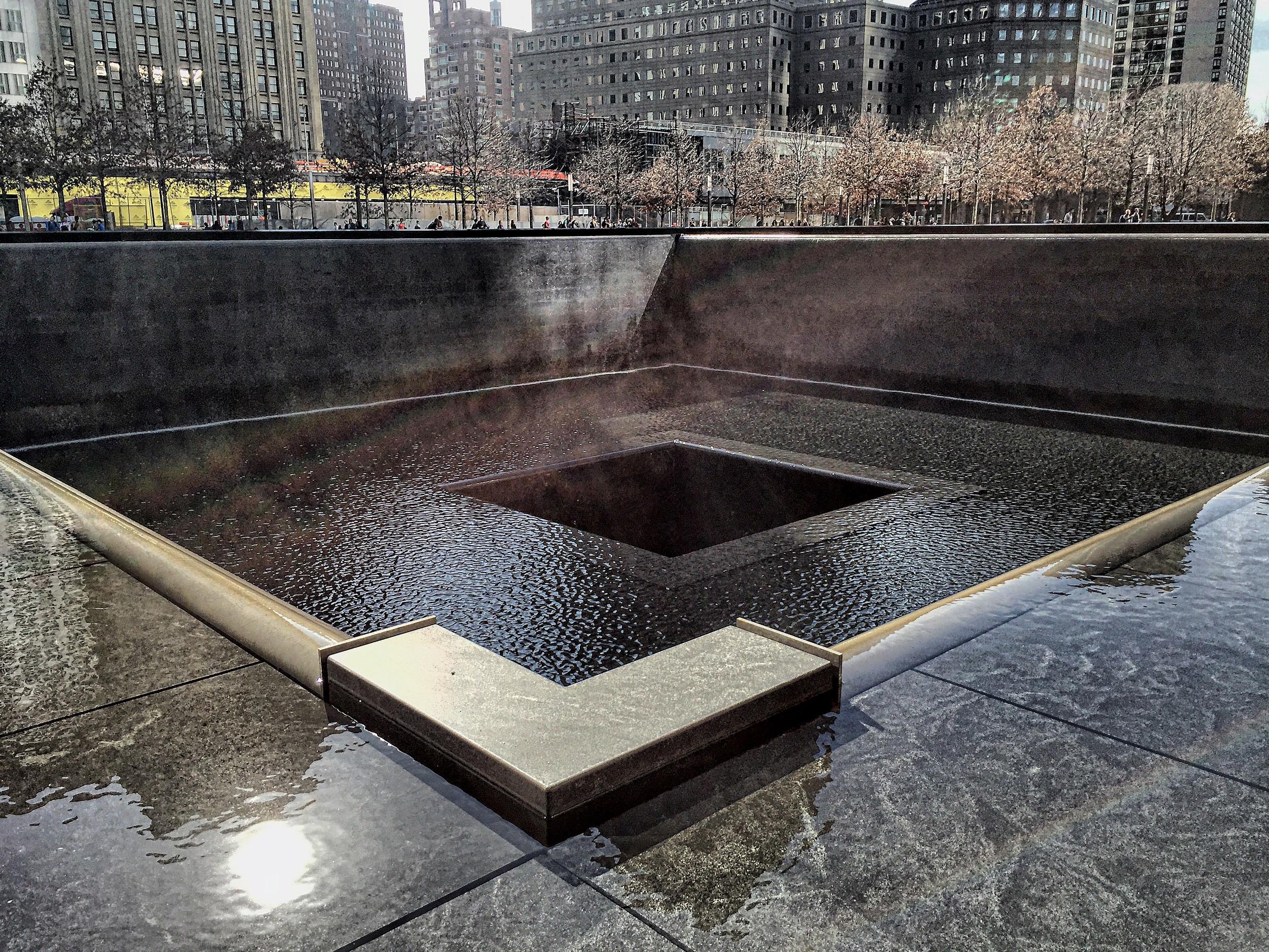 ROCK MAMA NYC LIFESTYLE BLOG -WORLD TRADE CENTER memorial