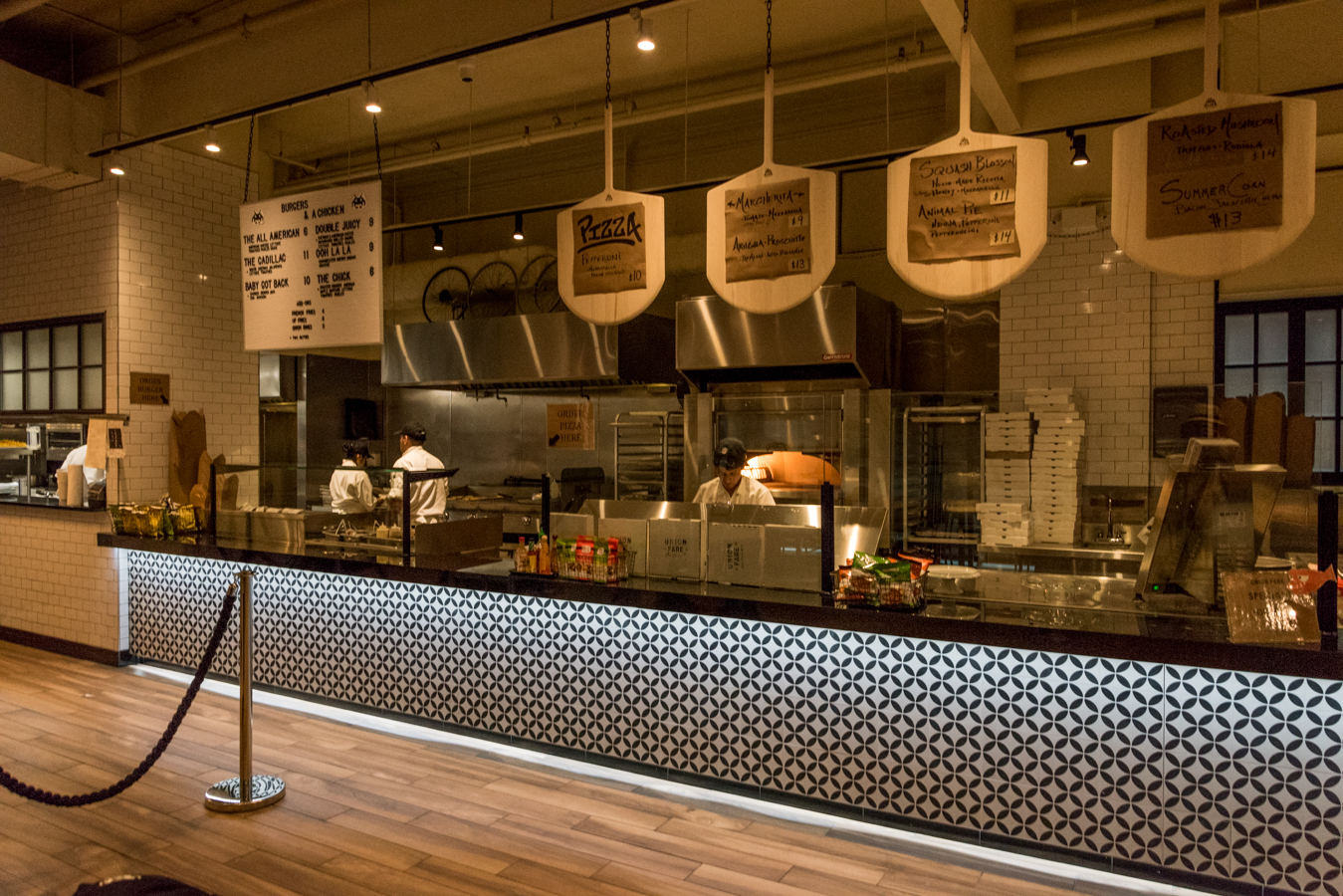 ROCK MAMA NYC LIFESTYLE BLOG-  NEW FOOD COURT IN UNION SQUARE - UNION FARE