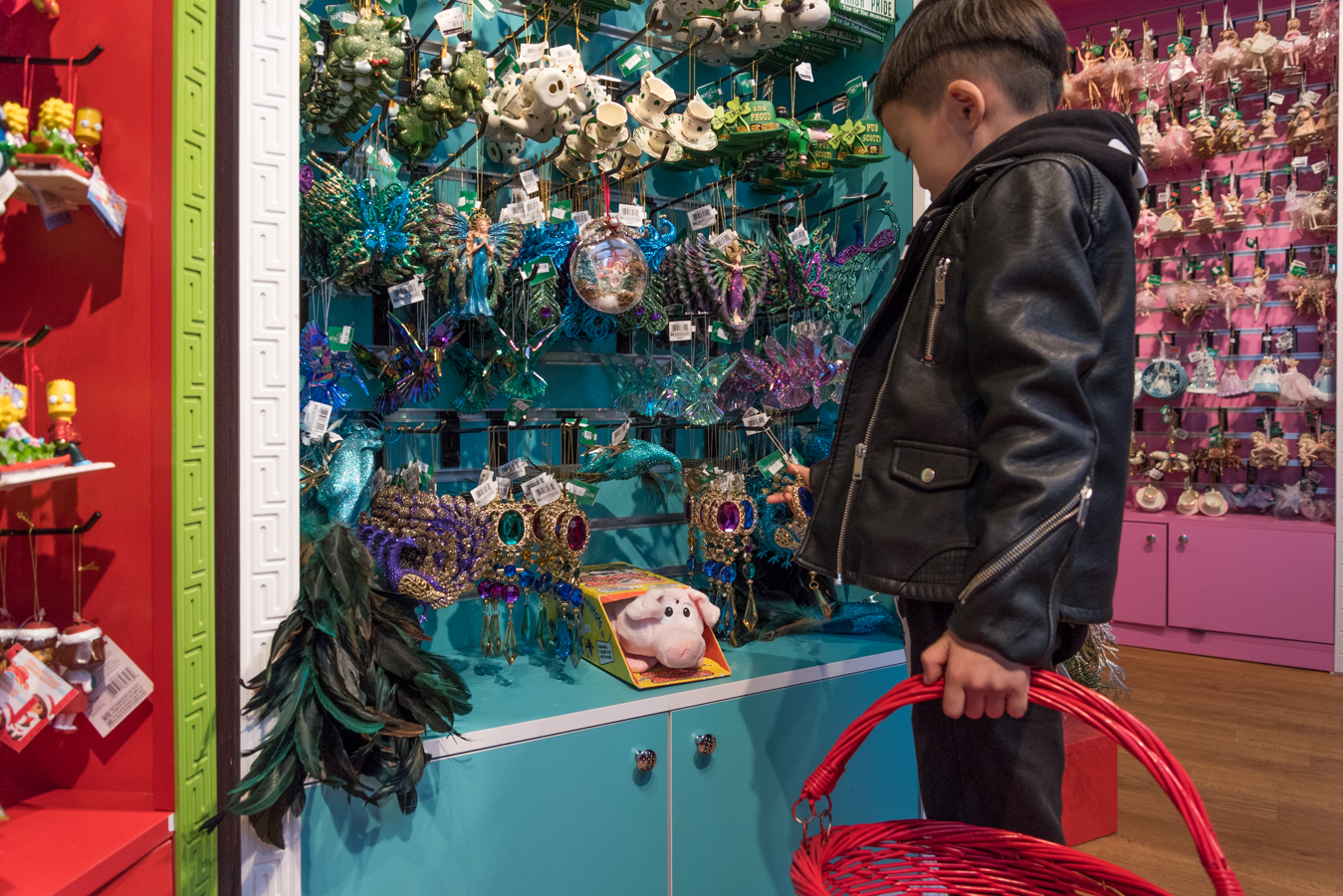 The Best Holiday Market To Go With Your Child In NYC - Bryant Park  12