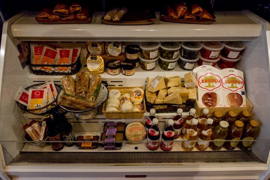 ROCK MAMA NYC LIFESTYLE BLOG-  COOL GOURMET CHEESE & BEER SHOP IN NYC - MALT AND MOLD