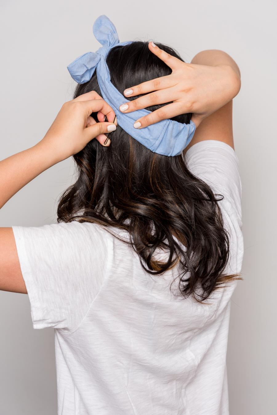 How To Do An Easy Headband Updo 夏にオススメの簡単ヘアアレンジ 3