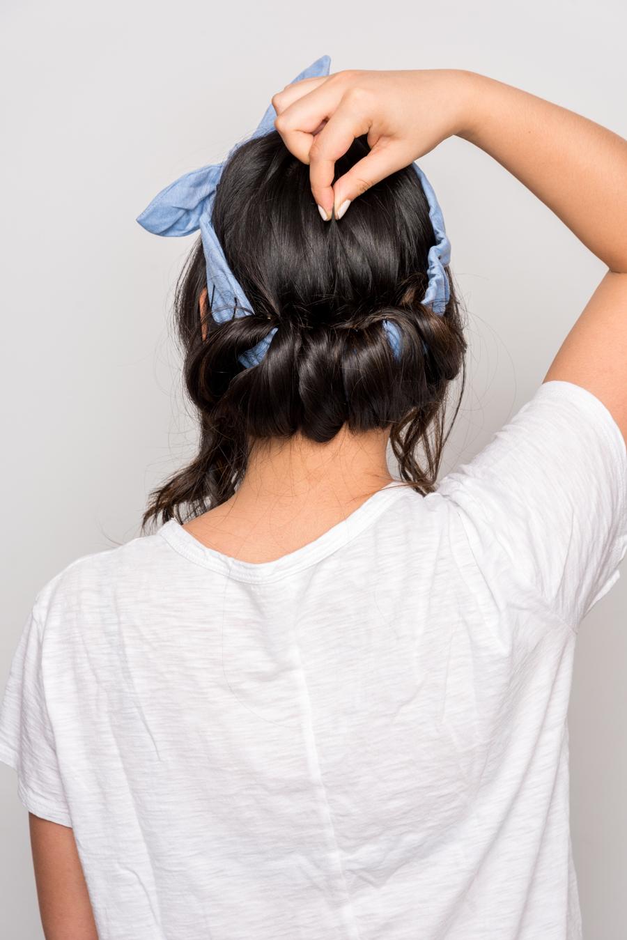 How To Do An Easy Headband Updo 夏にオススメの簡単ヘアアレンジ 9