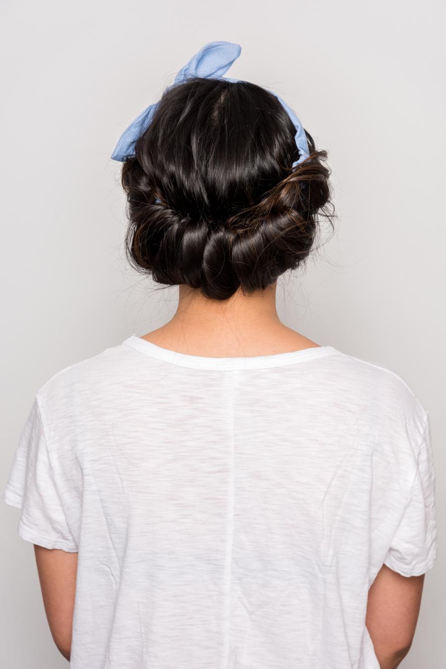 How To Do An Easy Headband Updo 夏にオススメの簡単ヘアアレンジ 14
