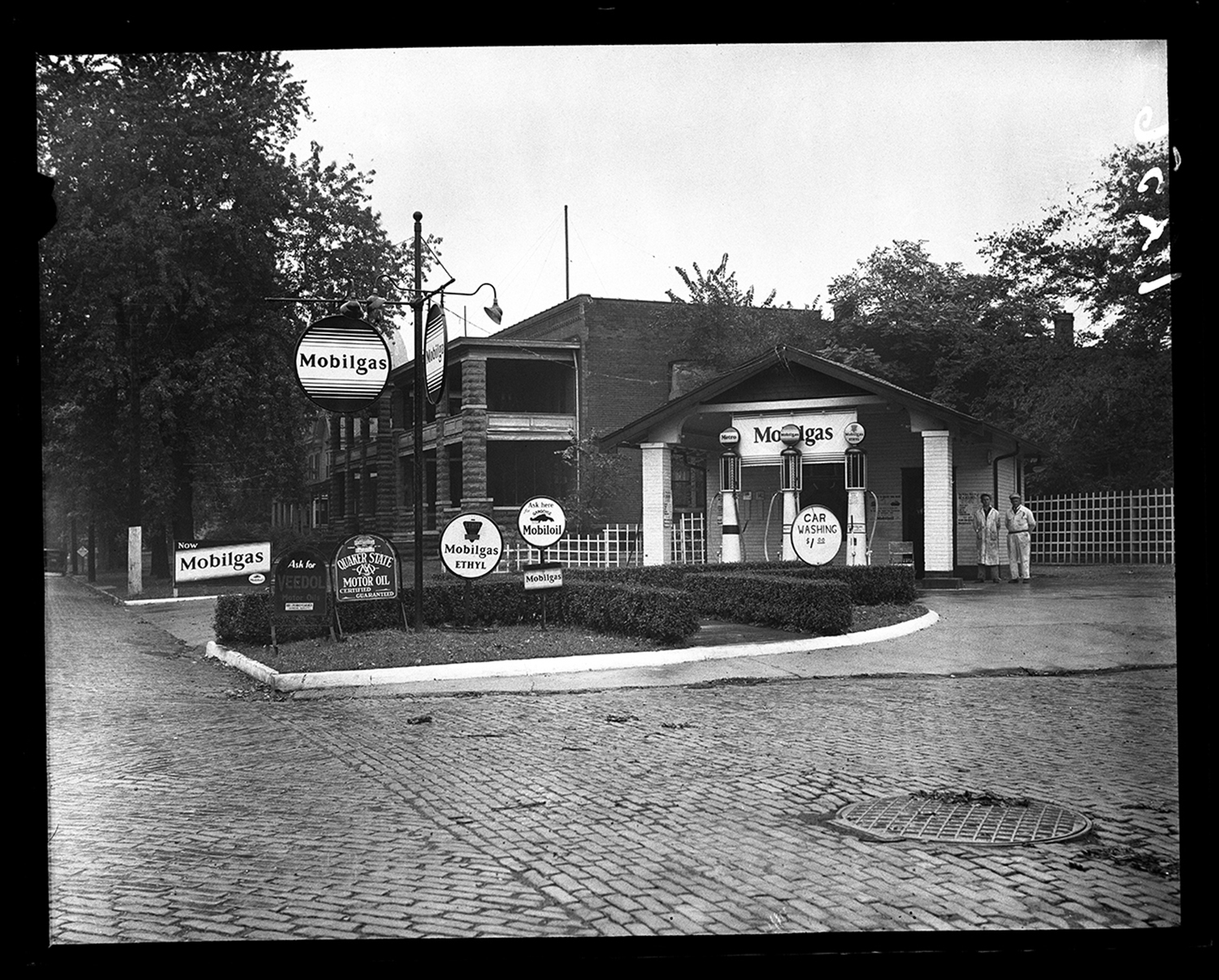 Mobilgas station at Monroe and Walnut streets, circa 1930. File/The State Journal-Register
