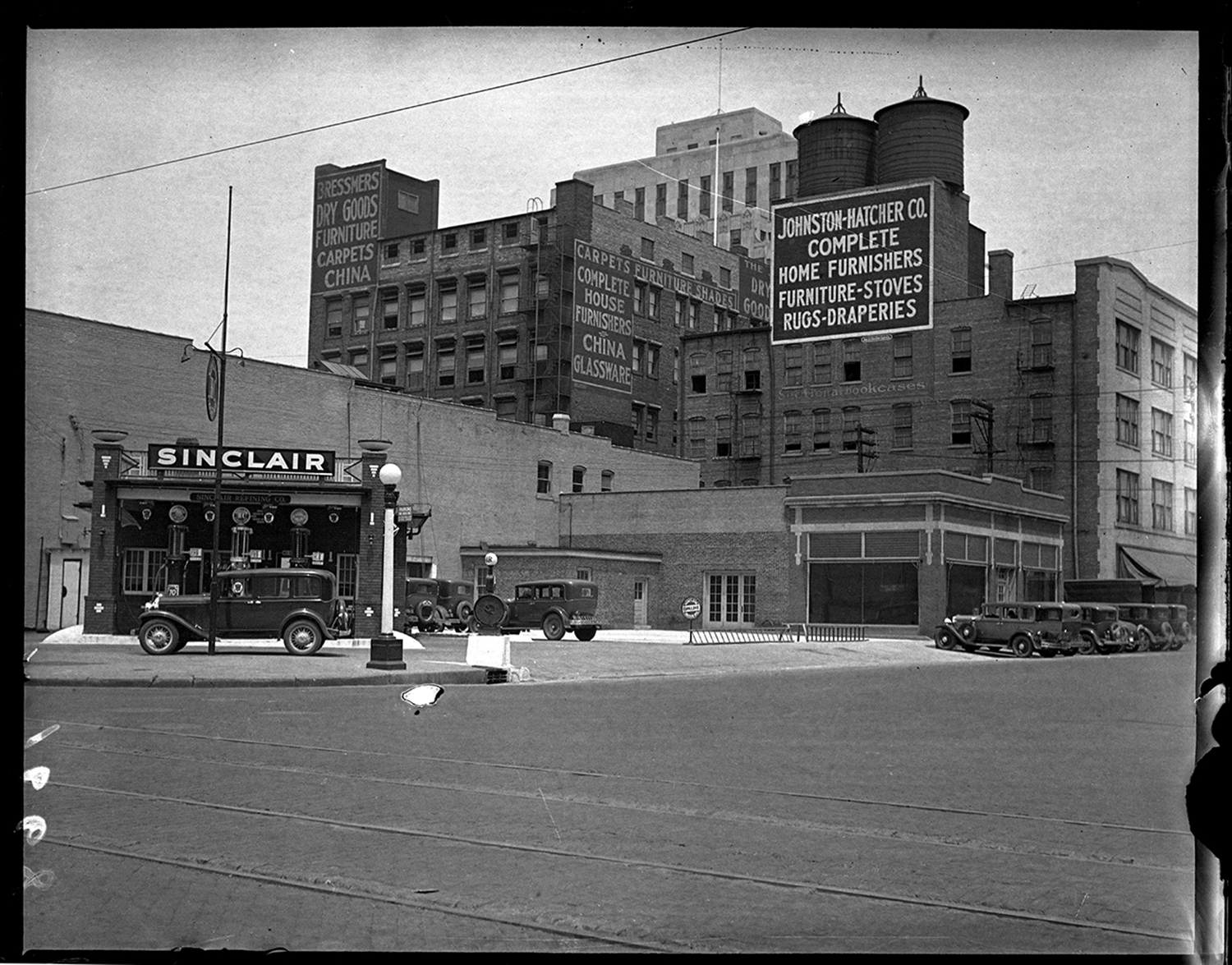 Sinclair Service Station, 7th and Monroe streets, ca. 1930.   File/The State Journal-Register