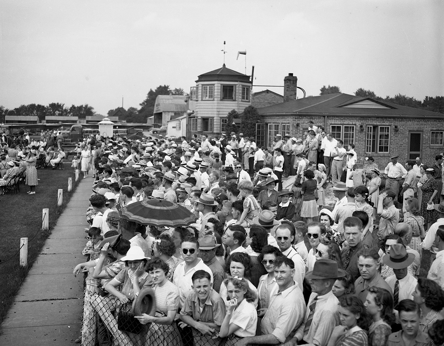 Crowd at municipal airport June 7, 1942. File/The State Journal-Register