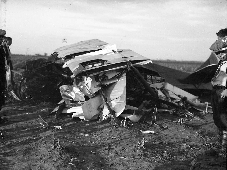 Scene of plane crash that killed 19-year-old Russell Baker and injured John Marsh Nov. 2, 1930. File/The State Journal-Register