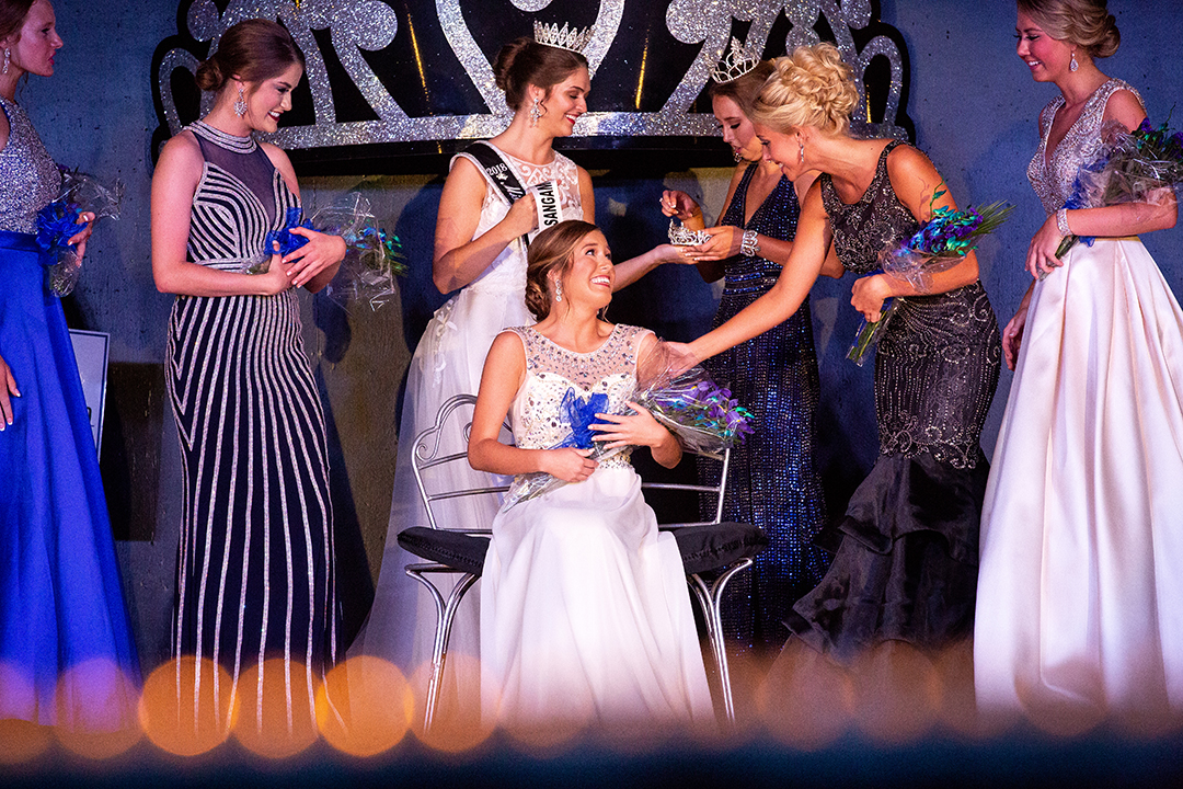Chloe Leonard was named the 2018 Sangamon County Fair Queen Tuesday, June 12, 2018 at the Sangamon County Fairgrounds in New Berlin, Ill. Leonard, who just graduated from Pleasant Plains High School and will be attending Southern Illinois University Carbondale, was chosen from a field of 15 girls in the 60th anniversary year of the pageant. [Rich Saal/The State Journal-Register]