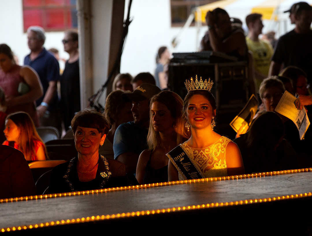Samantha Hasselbring, the reigning Miss Illinois County Fair Queen, watches the Sangamon County Fair Queen pageant Tuesday, June 12, 2018 at the Sangamon County Fairgrounds in New Berlin, Ill. [Rich Saal/The State Journal-Register]