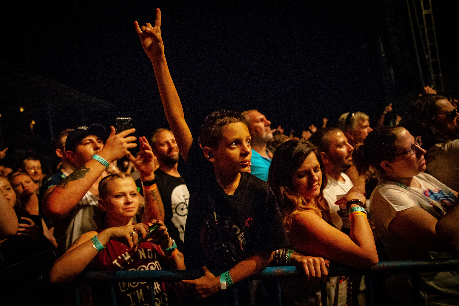Young fans cheer on the band Halestorm as they perform on the Grandstand Stage during the Illinois State Fair, Saturday, Aug. 11, 2018, in Springfield, Ill. [Justin L. Fowler/The State Journal-Register]