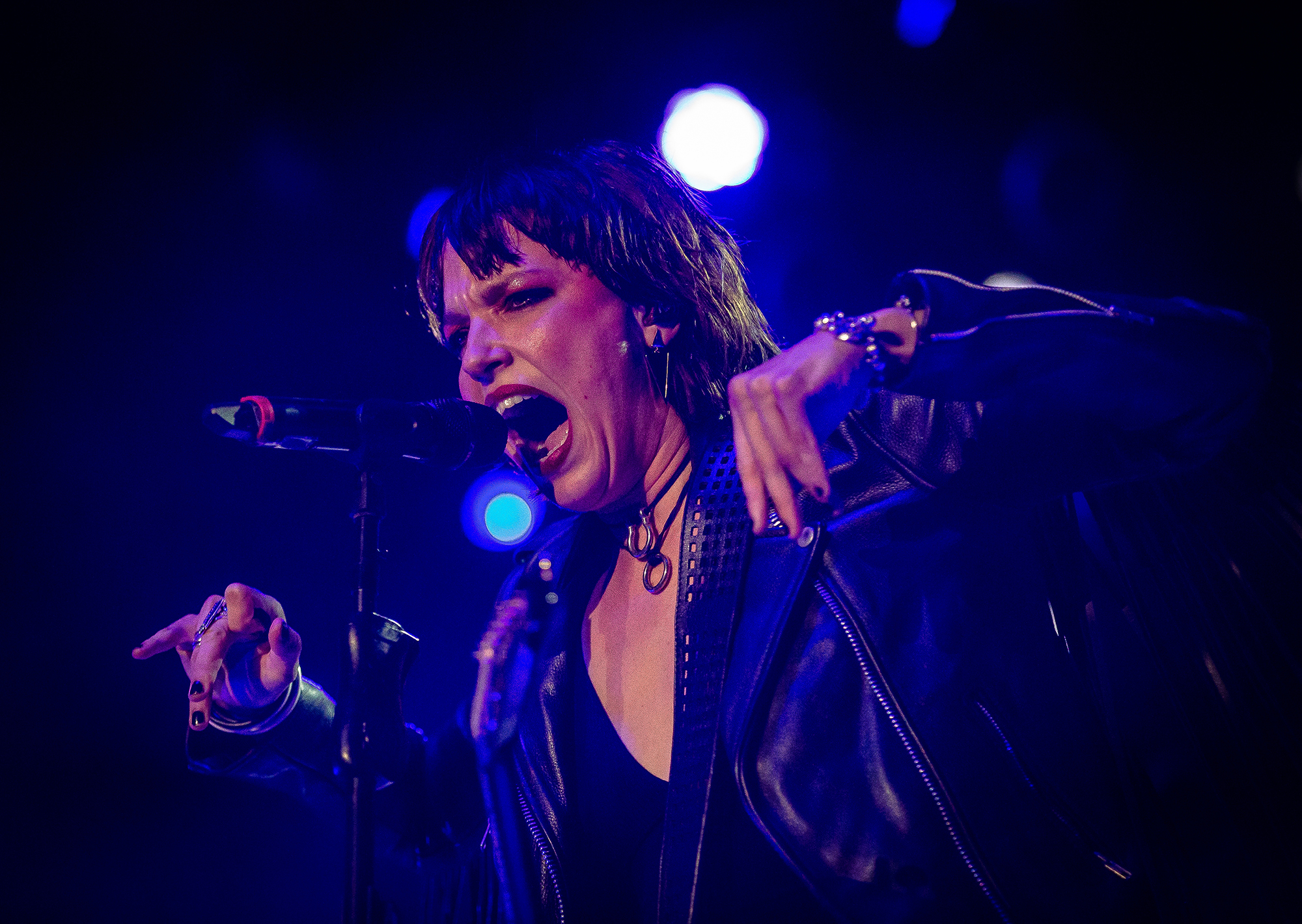 Lead singer and guitarist Lzzy Hale performs with Halestorm as the band performs on the Grandstand Stage during the Illinois State Fair, Saturday, Aug. 11, 2018, in Springfield, Ill. [Justin L. Fowler/The State Journal-Register]