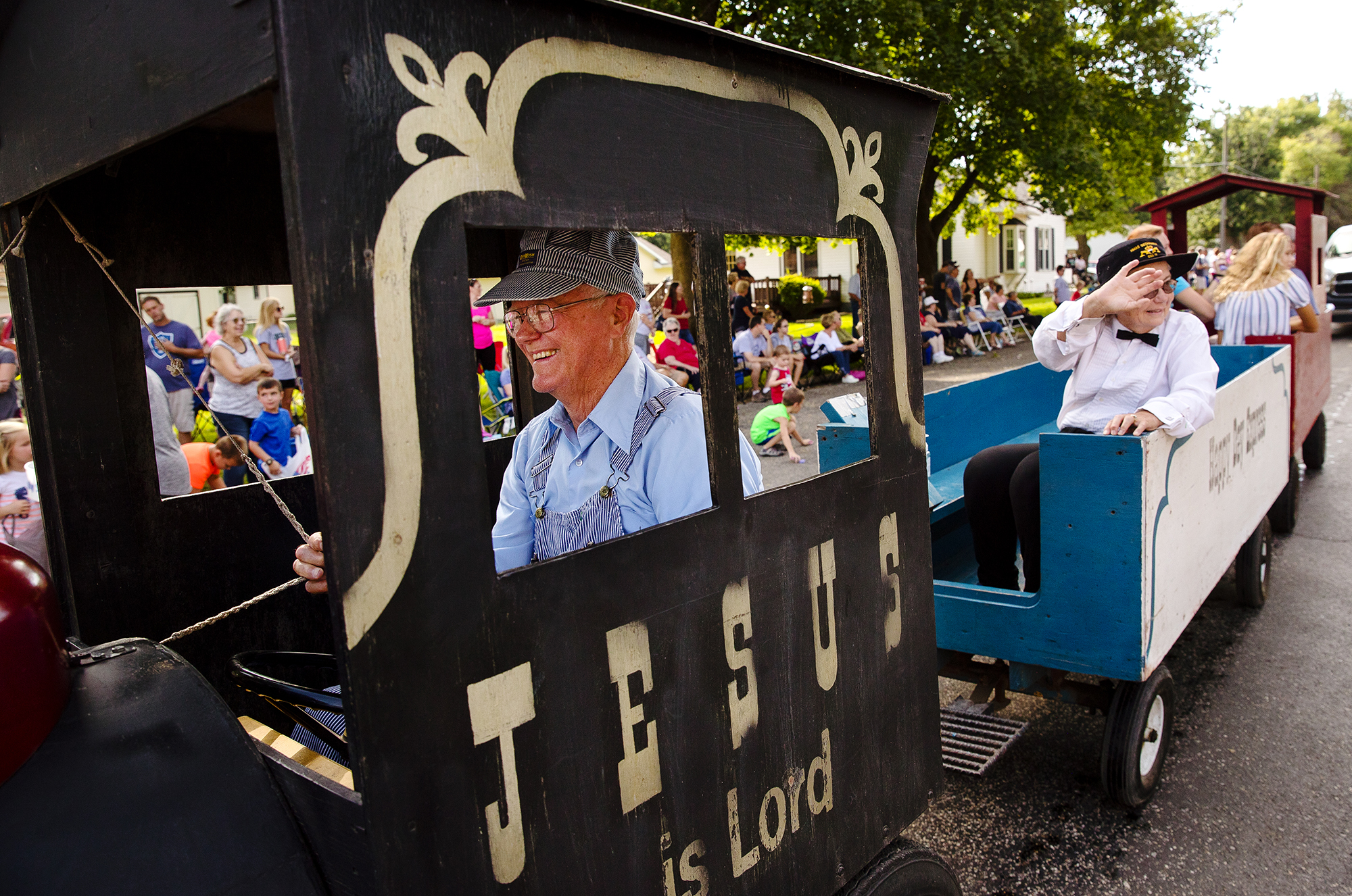 Bob Swaar drives the First Baptist Church of Greenview's parade float during the 50th Annual Greenview Labor Day Celebration Monday, Sept. 3, 2018. [Ted Schurter/The State Journal-Register]