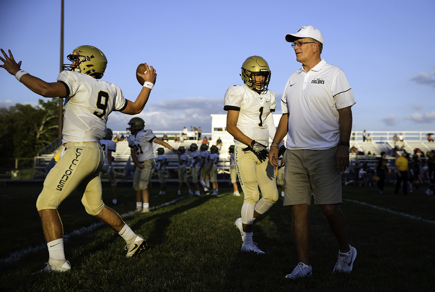 Sacred Heart-Griffin head coach Ken Leonard and the Cyclones warm up at Southeast High School Friday, Sept. 14, 2018. [Ted Schurter/The State Journal-Register]