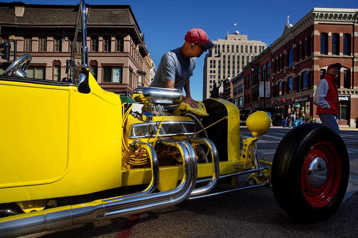 Mark Edwards shines his 1923 T Bucket during the 17th Annual International Route 66 Mother Road Festival Sunday, Sept. 23, 2018. [Ted Schurter/The State Journal-Register]