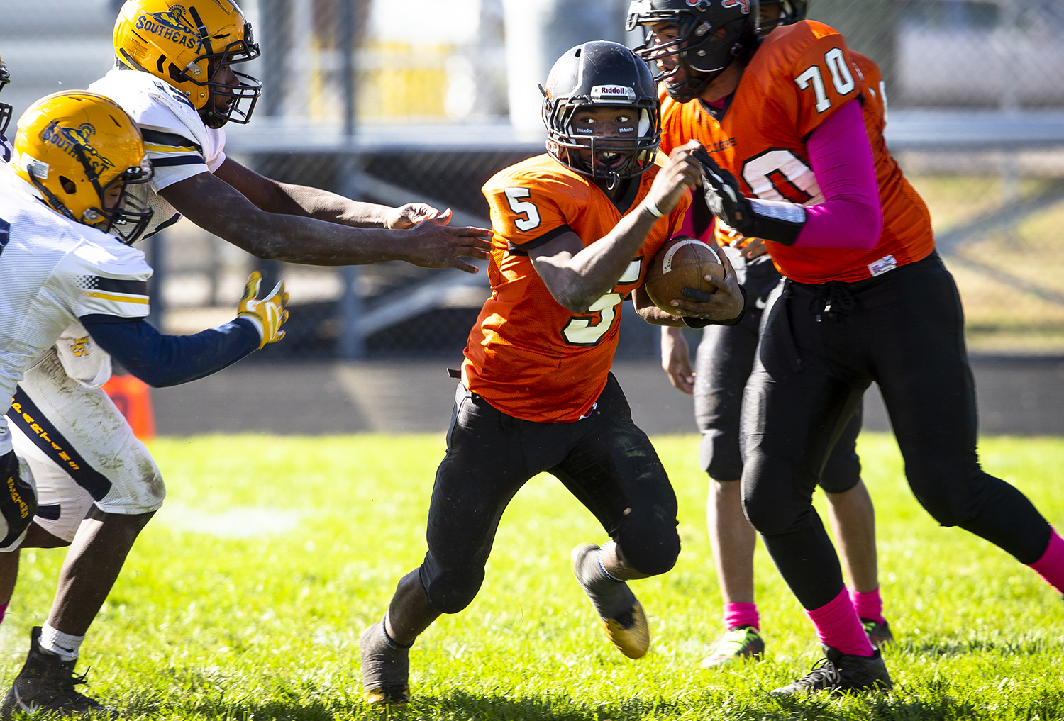 Lanphier's Narkel Leflore breaks for the open field at Memorial Stadium Saturday, Oct. 20, 2018 in Springfield, Ill. [Rich Saal/The State Journal-Register]