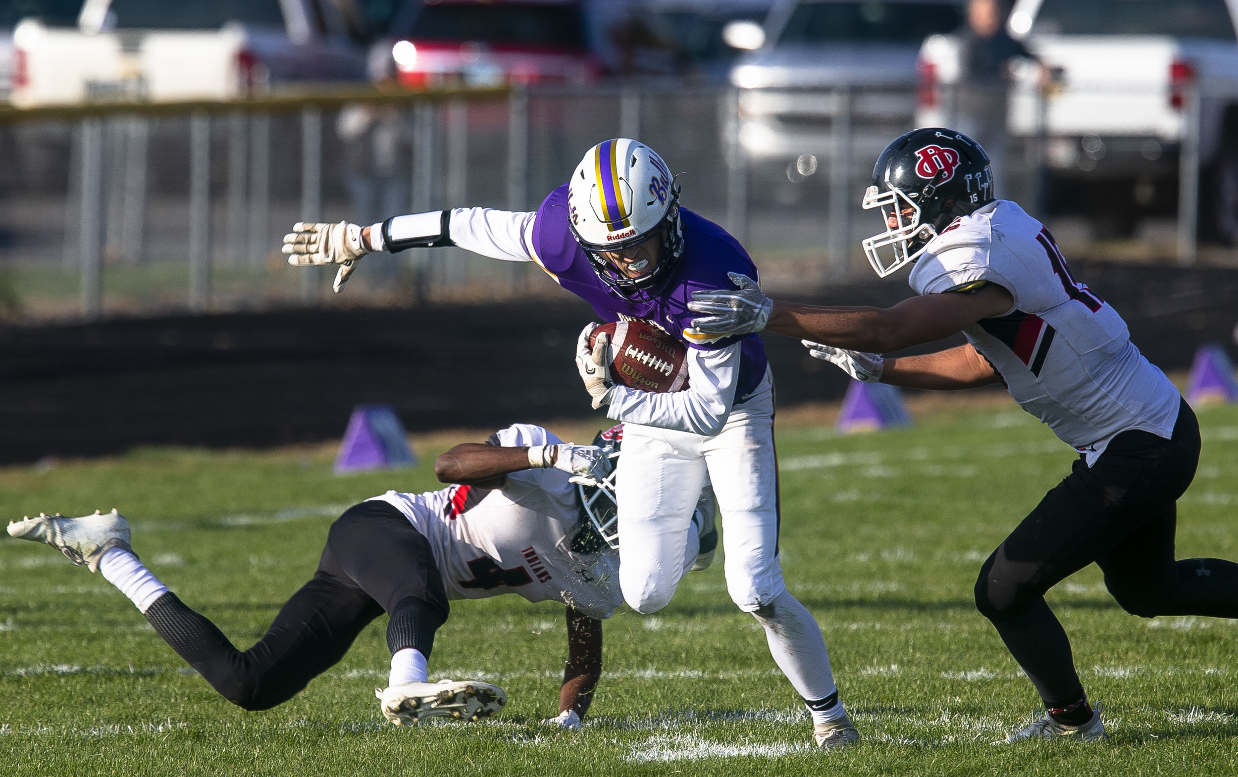 Williamsville's Bryce Newton struggles to get away from DuQuoin's Braeden Pursell during the Class 3A playoff game Saturday, Oct. 27, 2018 at Paul Jenkins Field in Springfield, Ill. [Rich Saal/The State Journal-Register]