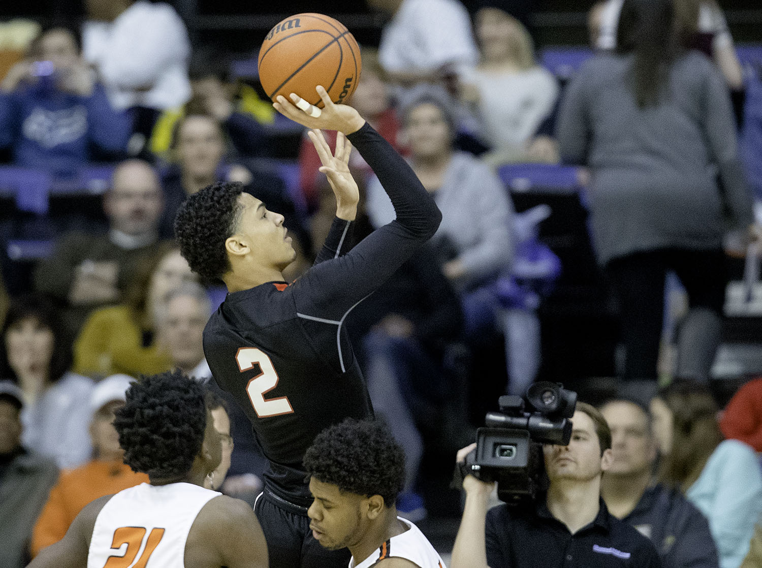 Springfield's Bennie Slater takes a shot against Lanphier during the Boys City Tournament at the Bank of Springfield Center Friday, Jan. 18, 2019.  [Ted Schurter/The State Journal-Register]