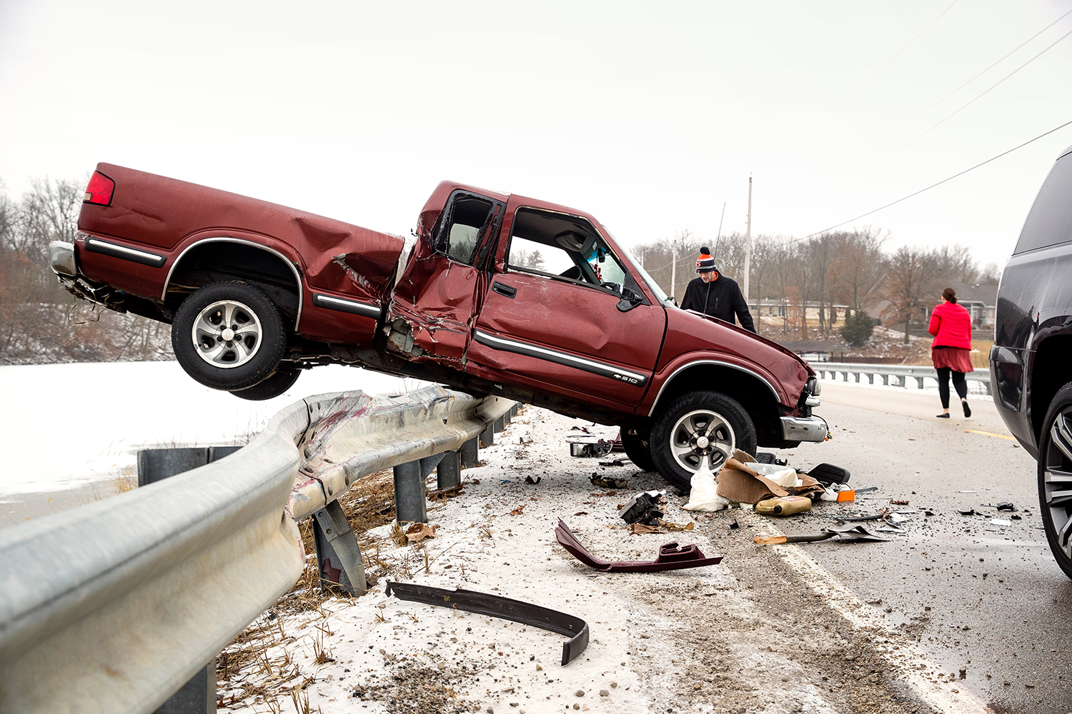 Springfield Police responded to a two vehicle accident on the ice-slickened Ironbridge Road Monday, Feb. 11, 2019. Freezing rain overnight rendered area roads slippery for the morning commute. [Ted Schurter/The State Journal-Register]