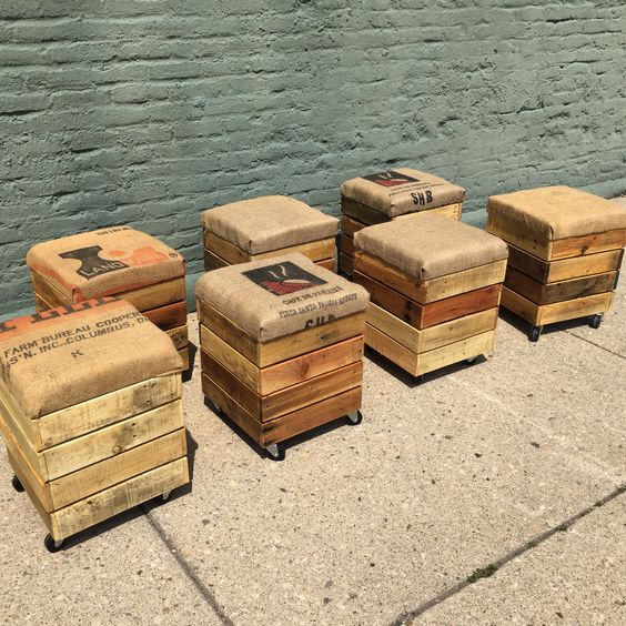Pallet Wood Rolling Stools with Coffee Bag Cushions -  Get the Plans!
