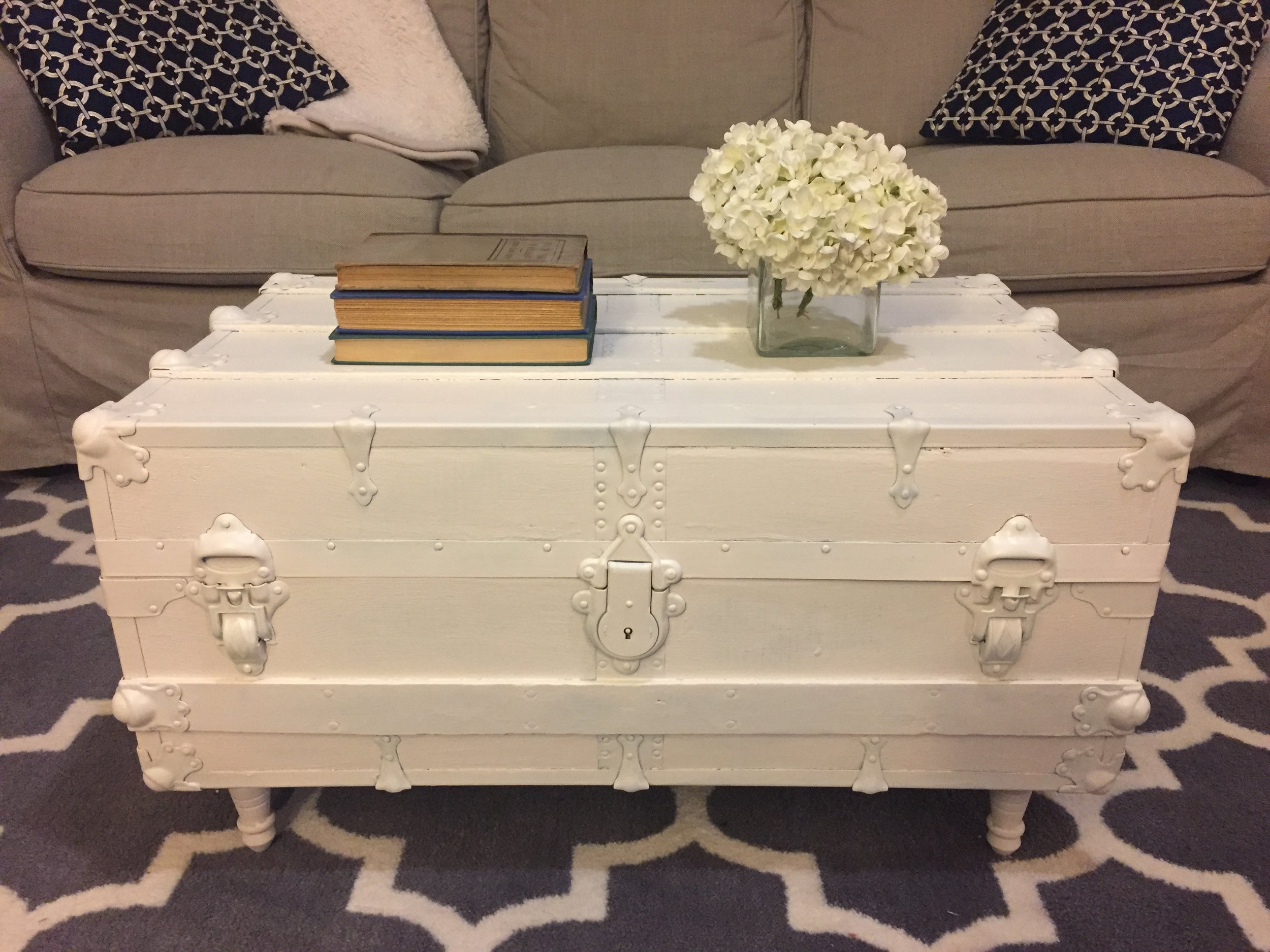 vintage trunk coffee table makeover