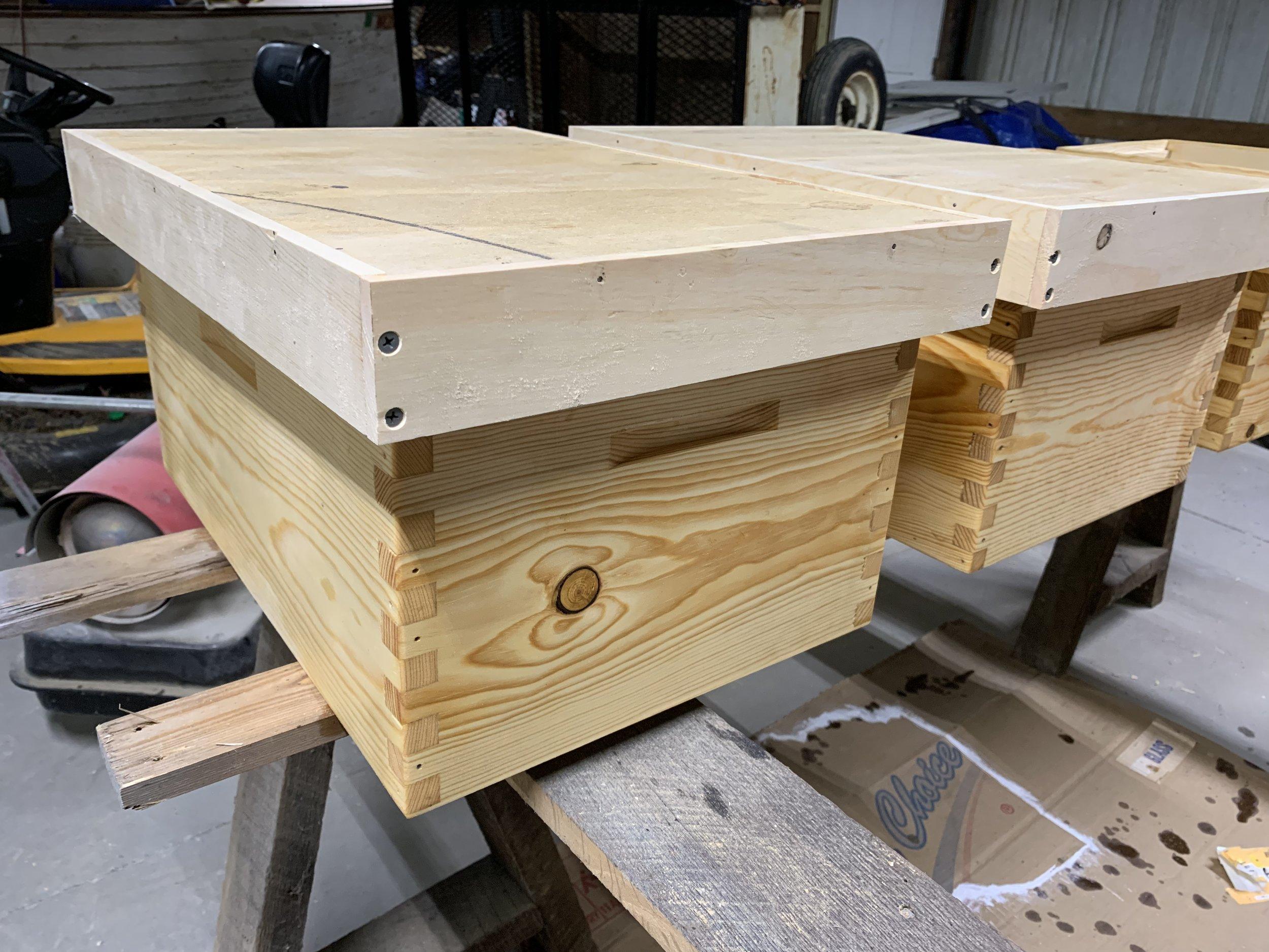 DIY langstoth hive cover