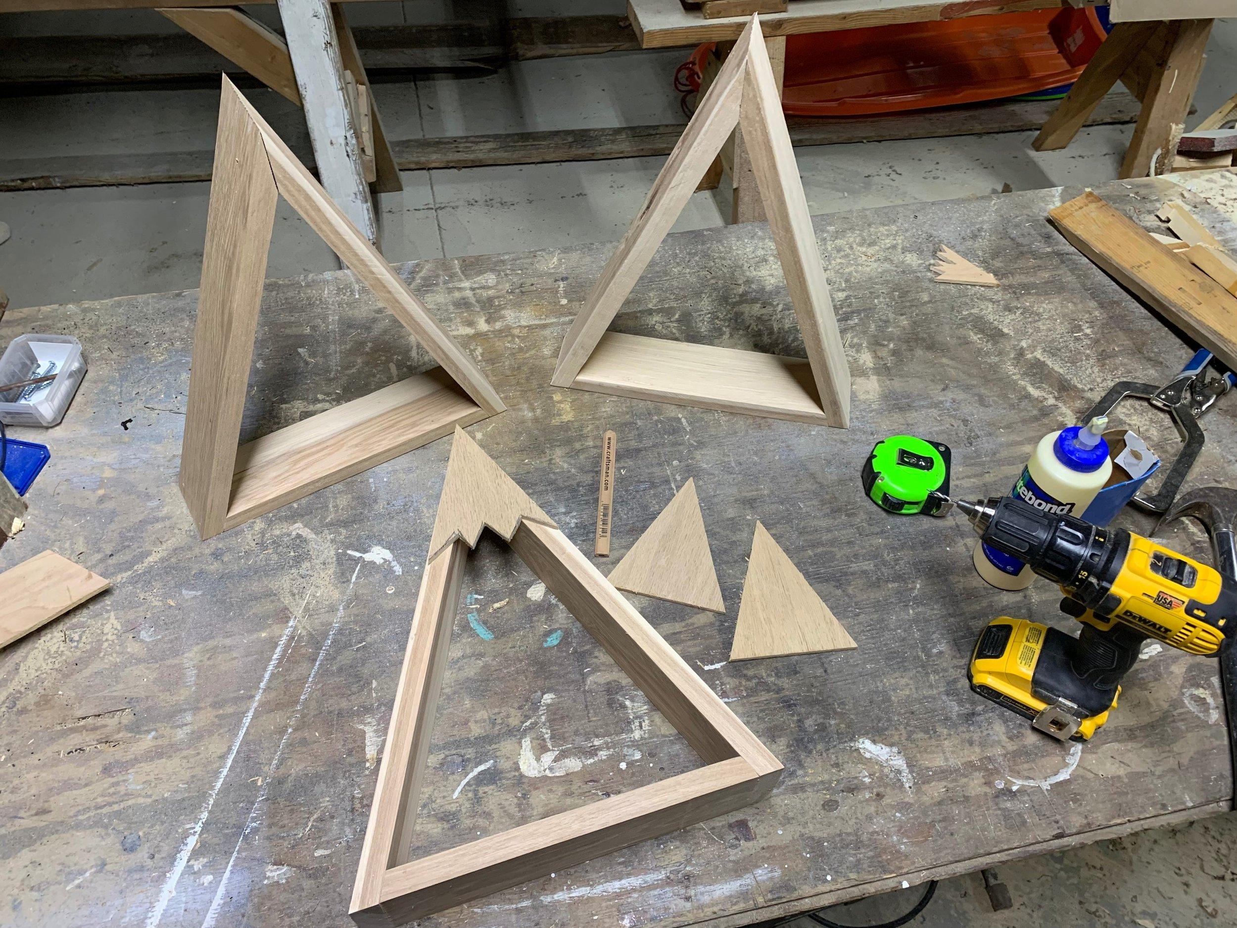 how to make snow cap mountain shelves