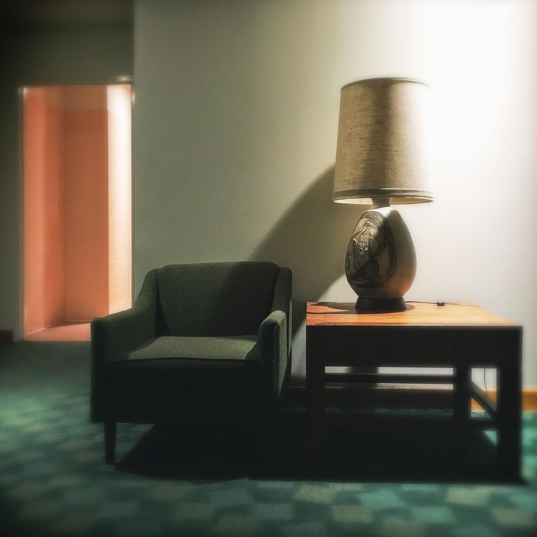 Ladies Lounge IV