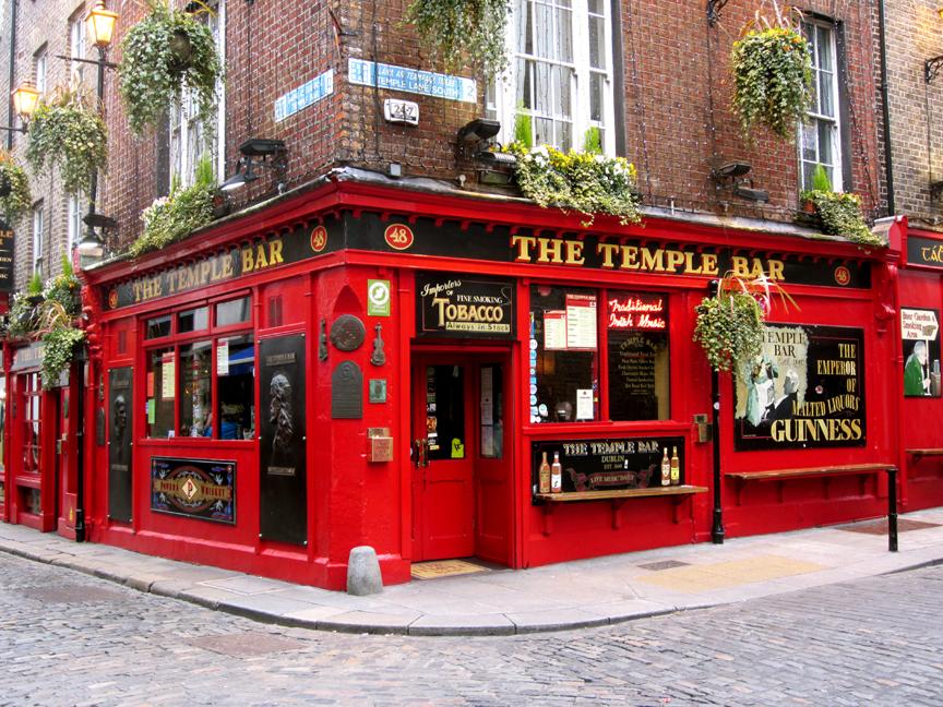 Dublin the temple bar sm.jpg