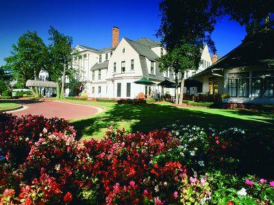 Pinehurst Holly Inn.jpg