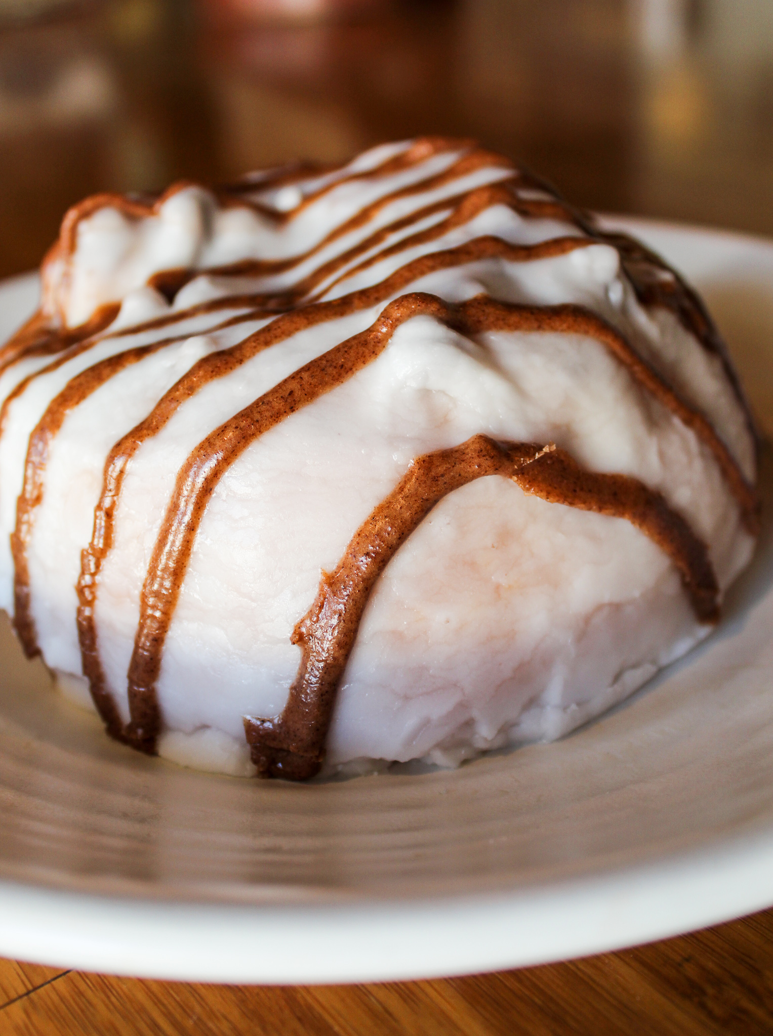 Cinnamon Roll w/ pecans