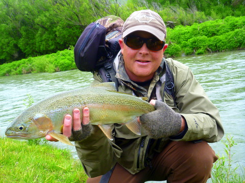 Fly Fishing New Zealand for trophy brown and rainbow trout.