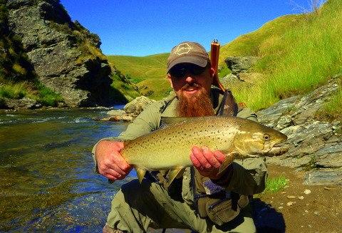 Wanaka fly fishing Guide ,Paul Macandrew.