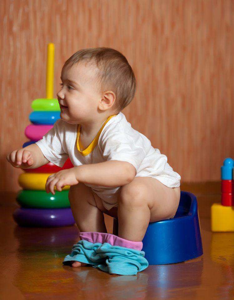 baby on potty-Austin Elimination Communication Support