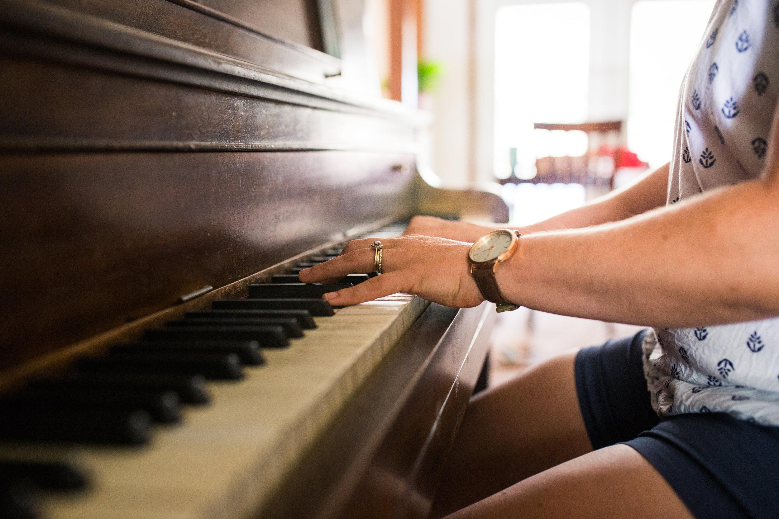Larissa Carter Piano (1 of 1).jpg