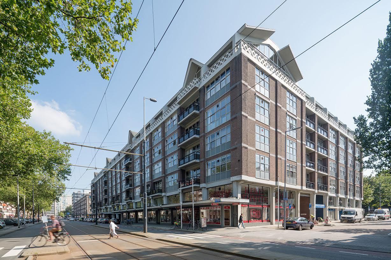 Het-Industriegebouw-in-Rotterdam1.jpg