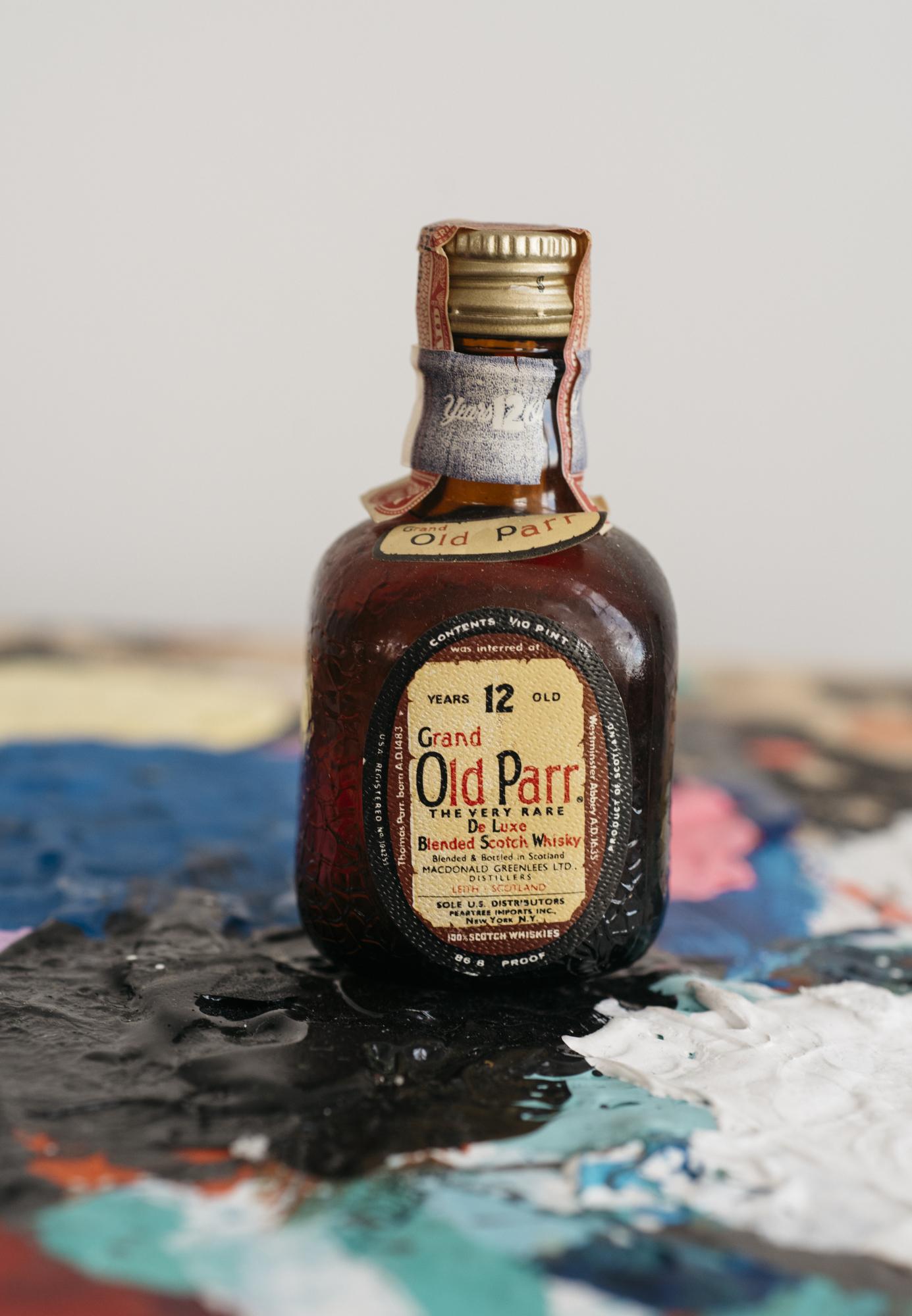 VintageAlcoholBottles096.JPG