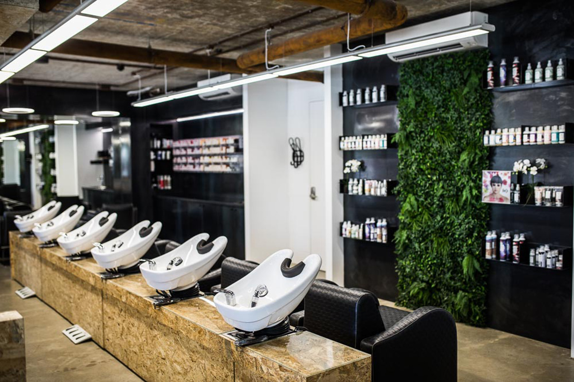 Snip Into hair and beauty salon_Sydney_FORMplay Architecture Interior Design_Wash Stations.jpg