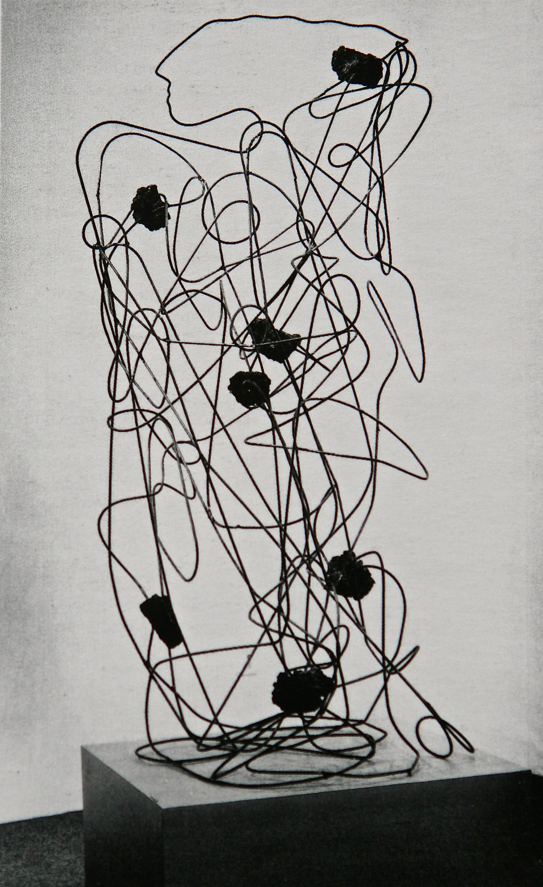 Senza titolo, 1989  Tondini di ferro e pietra lavica  cm 200 x 110