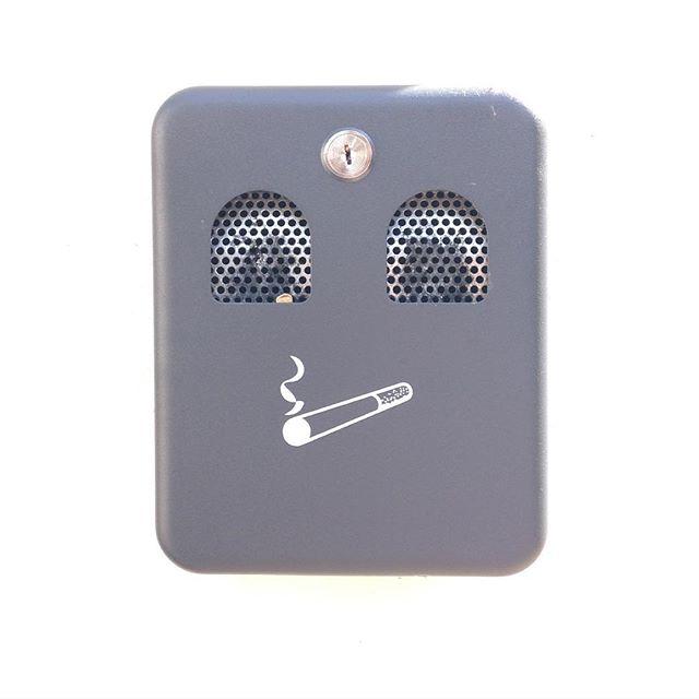 🙂🚬👀 #faces #face #smoking #ashtray #dontsmokekids #canyouseeme