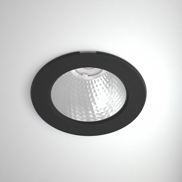 Titan-mini-2500_Titan_Mini_R_COB_black_webb.jpg