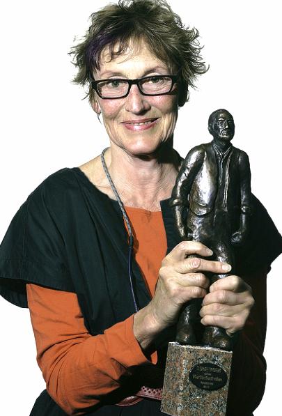 Anne Haugsgjerd med Terje Vigen prisen. Fra Den Norske Kortfilmfestivalen 2014