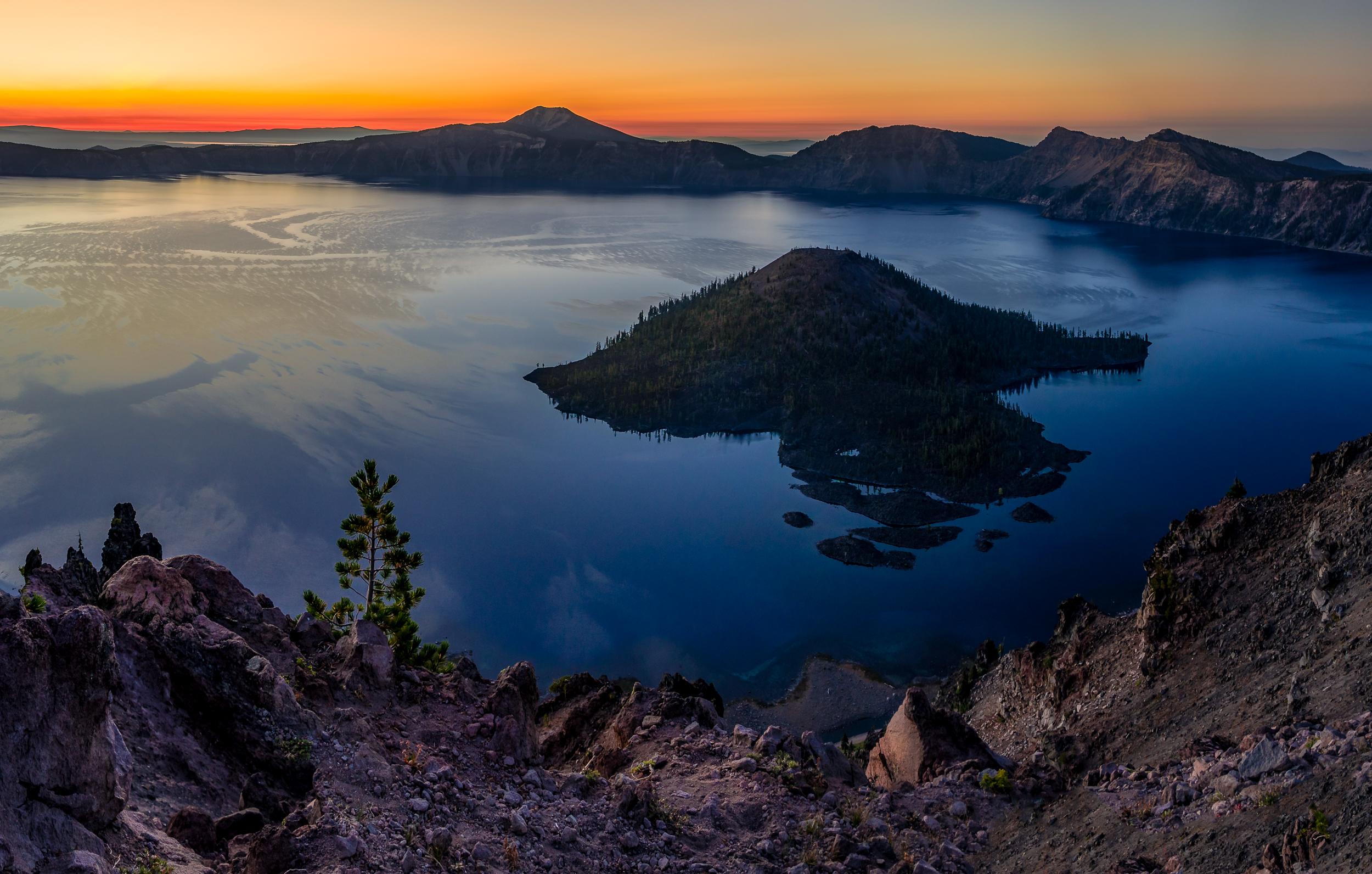Wizard Island at sunrise
