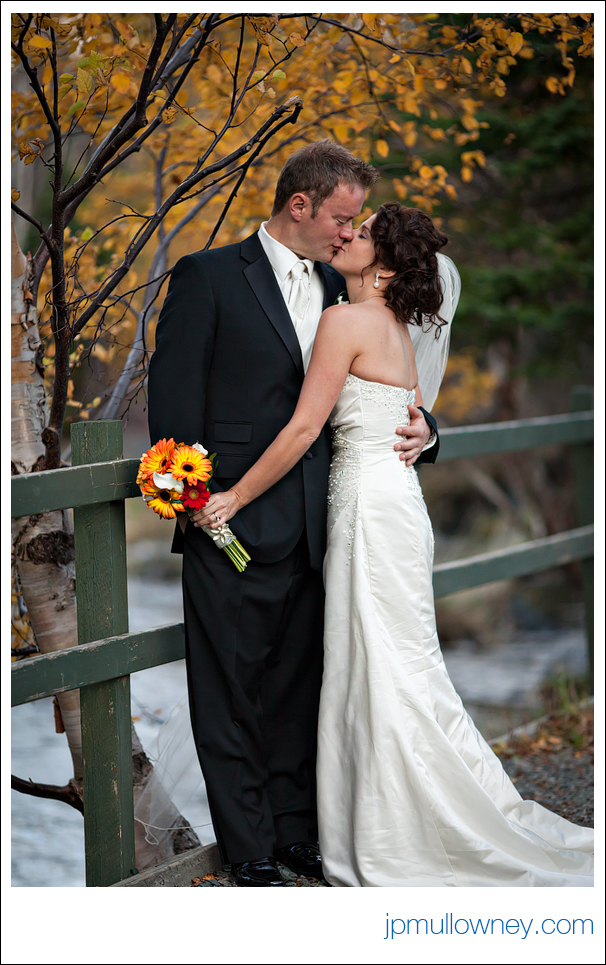 Andrea and Sean kissing in Bowring Park