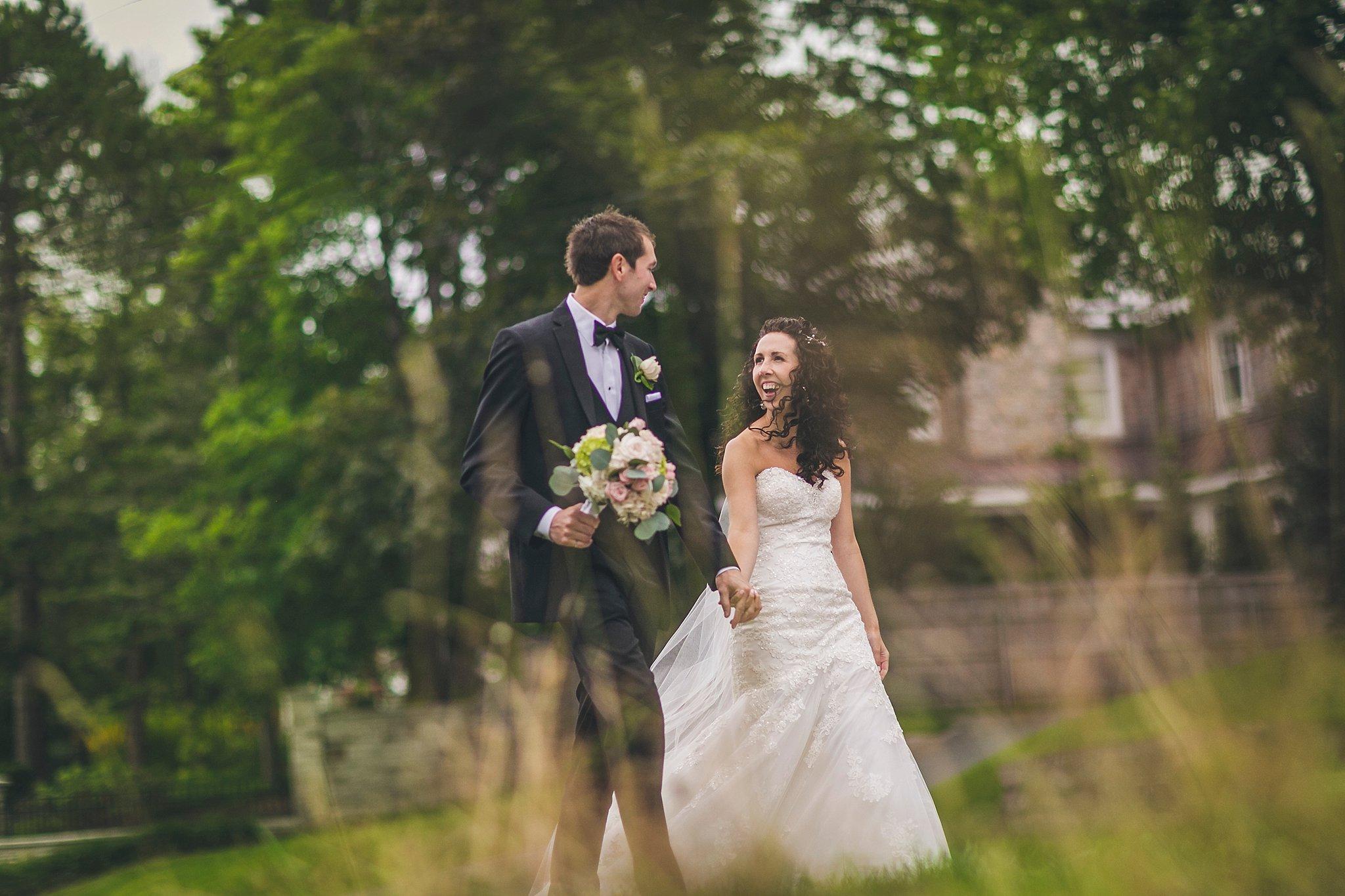 Rennies River Road Wedding
