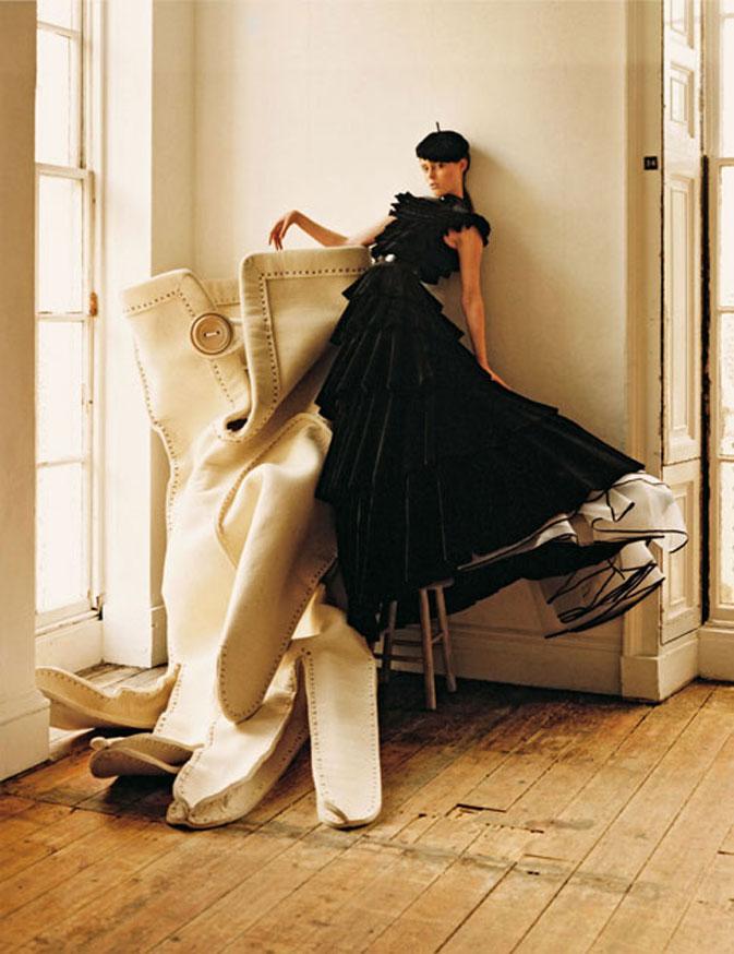 Coco Rocha and Giant Glove | Fitzrovia, London | 2006