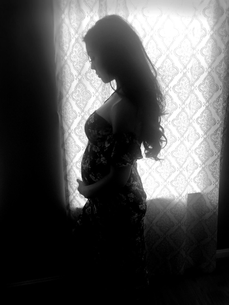 katieladrido-silhouette-pregnancy