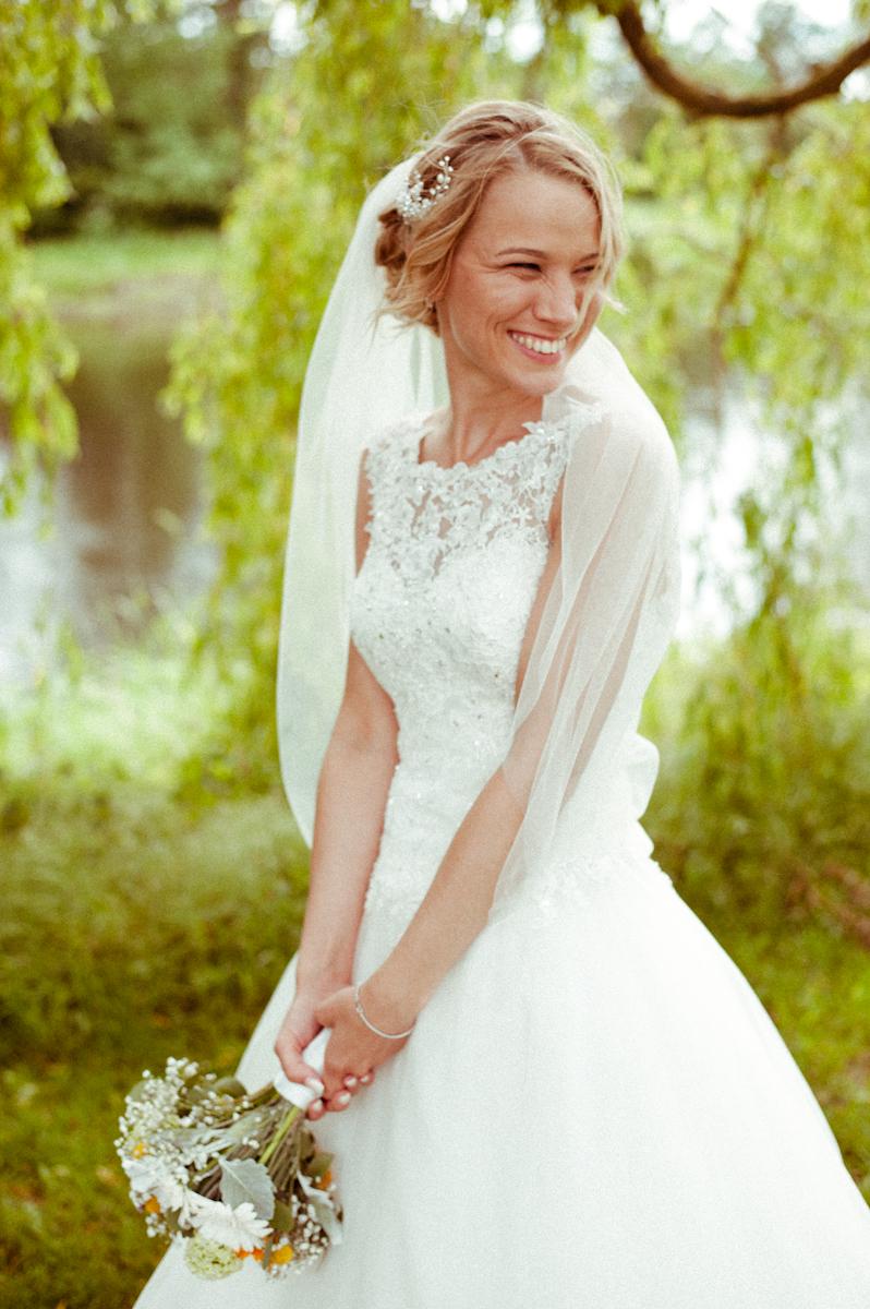 Wedding photo (82 of 138).jpg