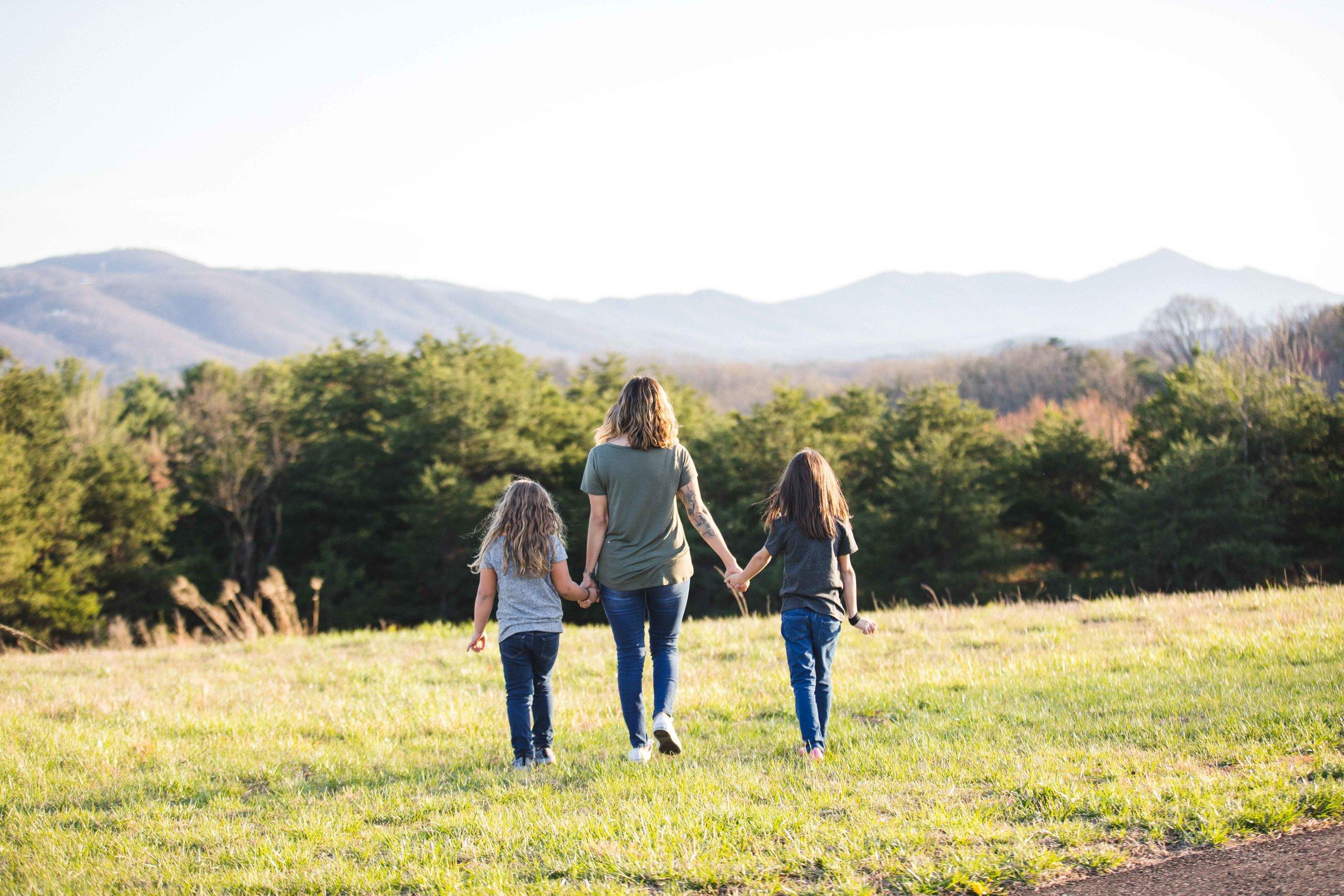 explore-park-family-session-roanoke-family-photographer-19.jpg