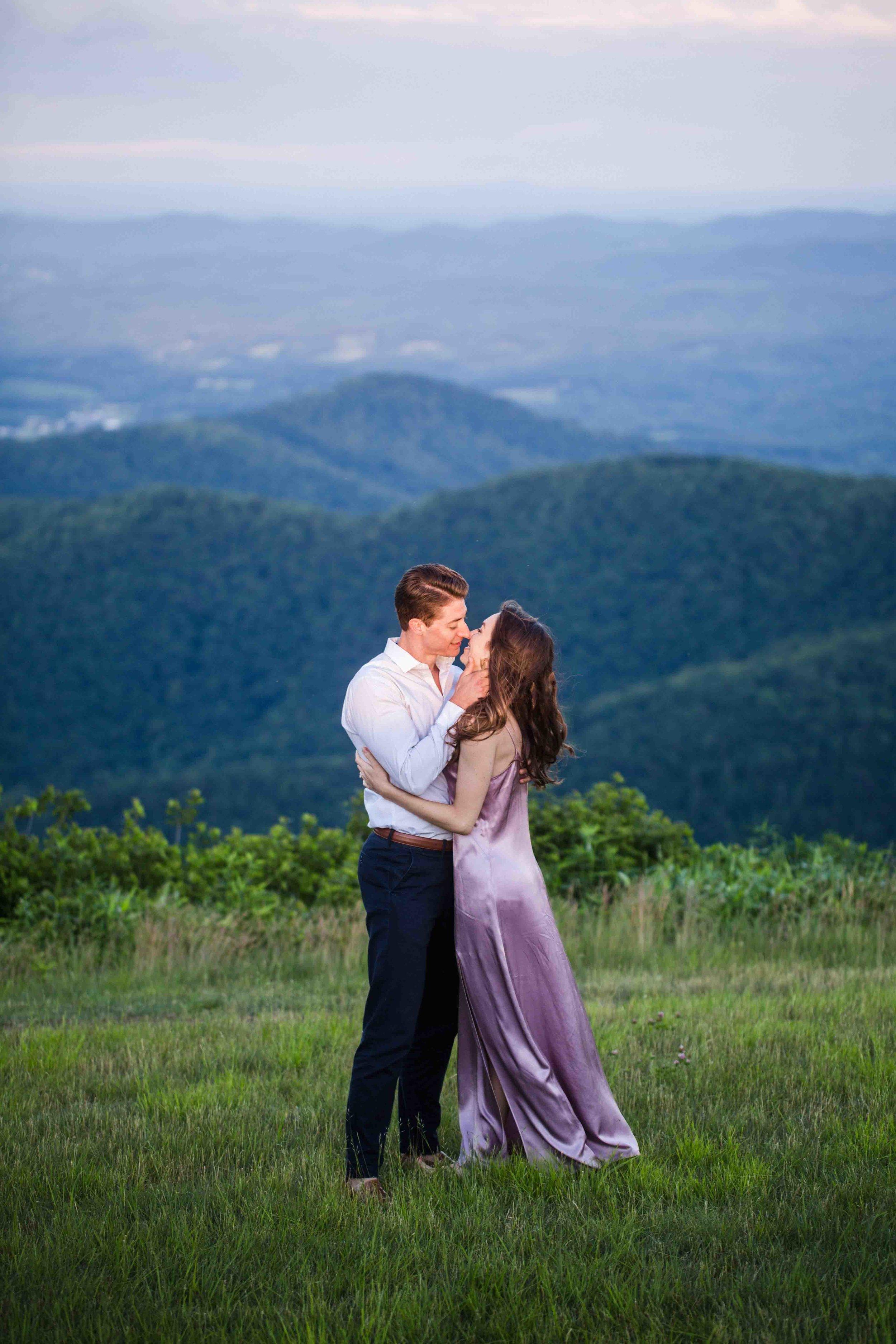 virginia-mountain-engagement-35.jpg
